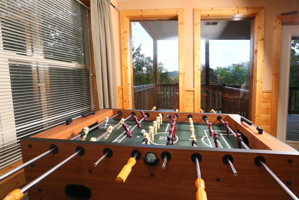 Photo of a Pigeon Forge Cabin named Mountain Shadow Lodge - This is the eighteenth photo in the set.