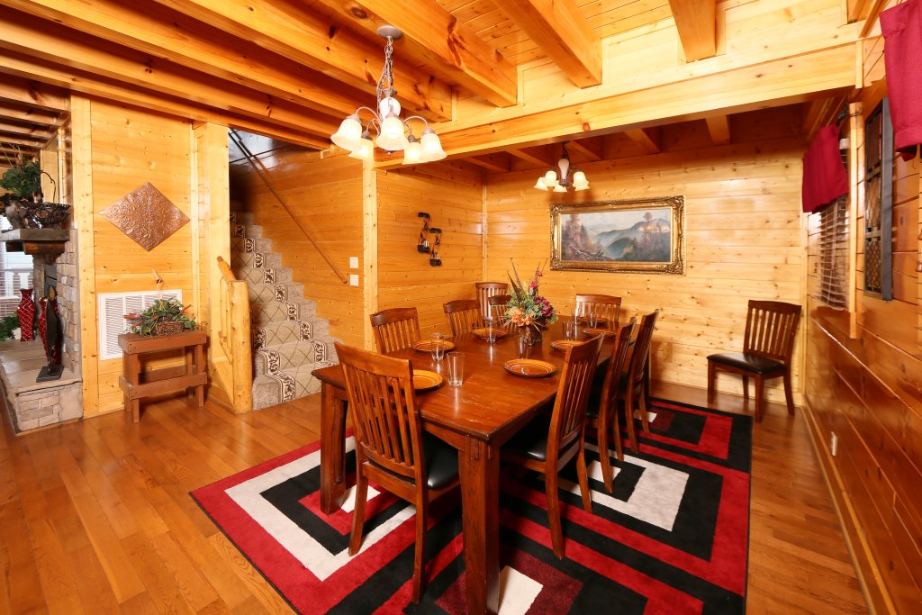 Photo of a Pigeon Forge Cabin named Wavyleaf Retreat - This is the twenty-sixth photo in the set.