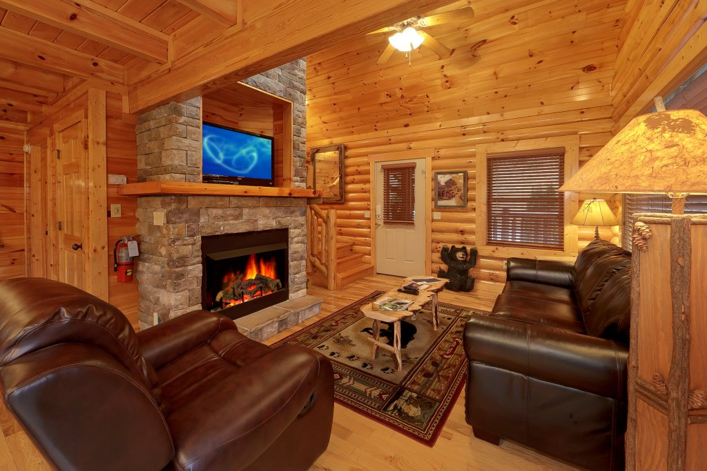 Photo of a Gatlinburg Cabin named Cupids Arrow - This is the sixth photo in the set.