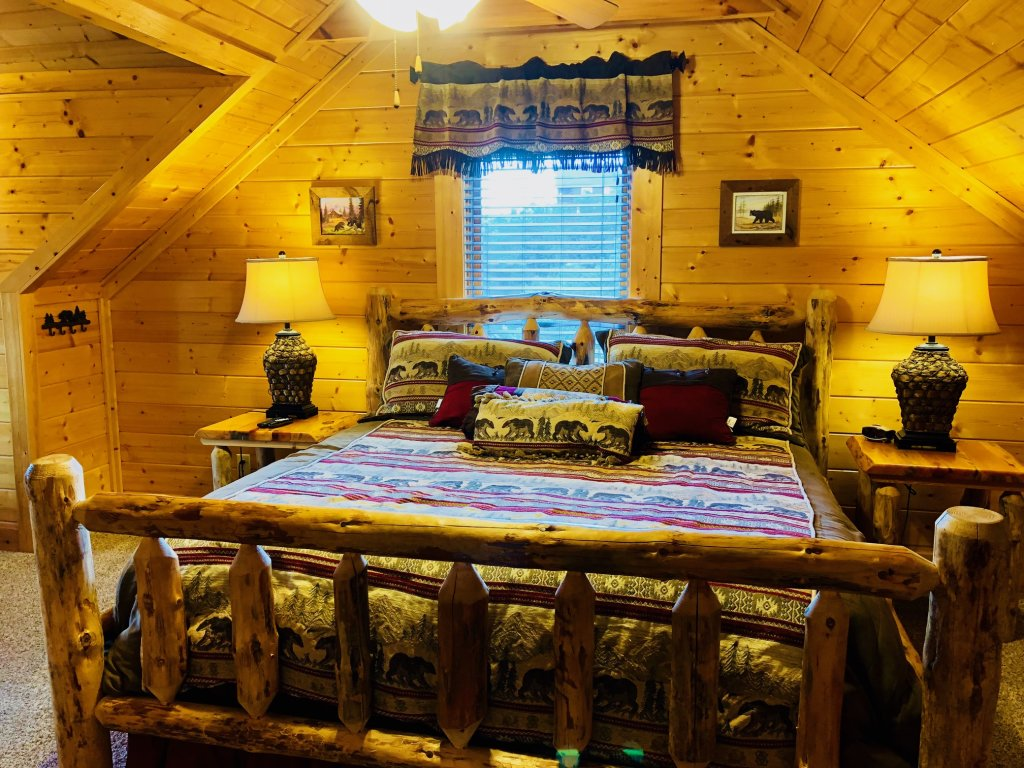 Photo of a Sevierville Cabin named Award Winning Views - This is the twenty-third photo in the set.