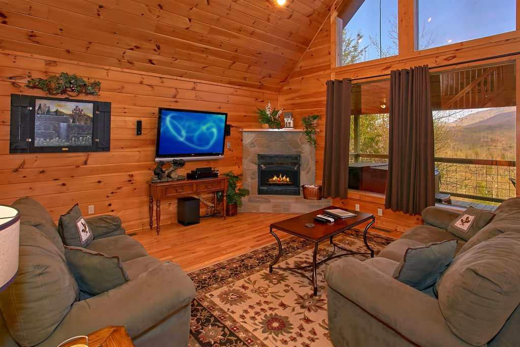 Photo of a Gatlinburg Cabin named Bearfoot Memories - This is the twelfth photo in the set.