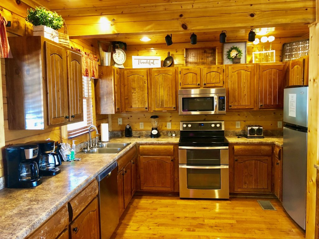 Photo of a Sevierville Cabin named Award Winning Views - This is the forty-third photo in the set.