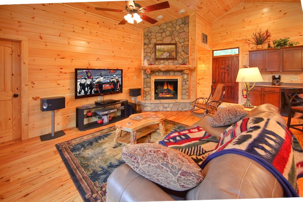 Photo of a Gatlinburg Cabin named Picture Perfect - This is the seventh photo in the set.
