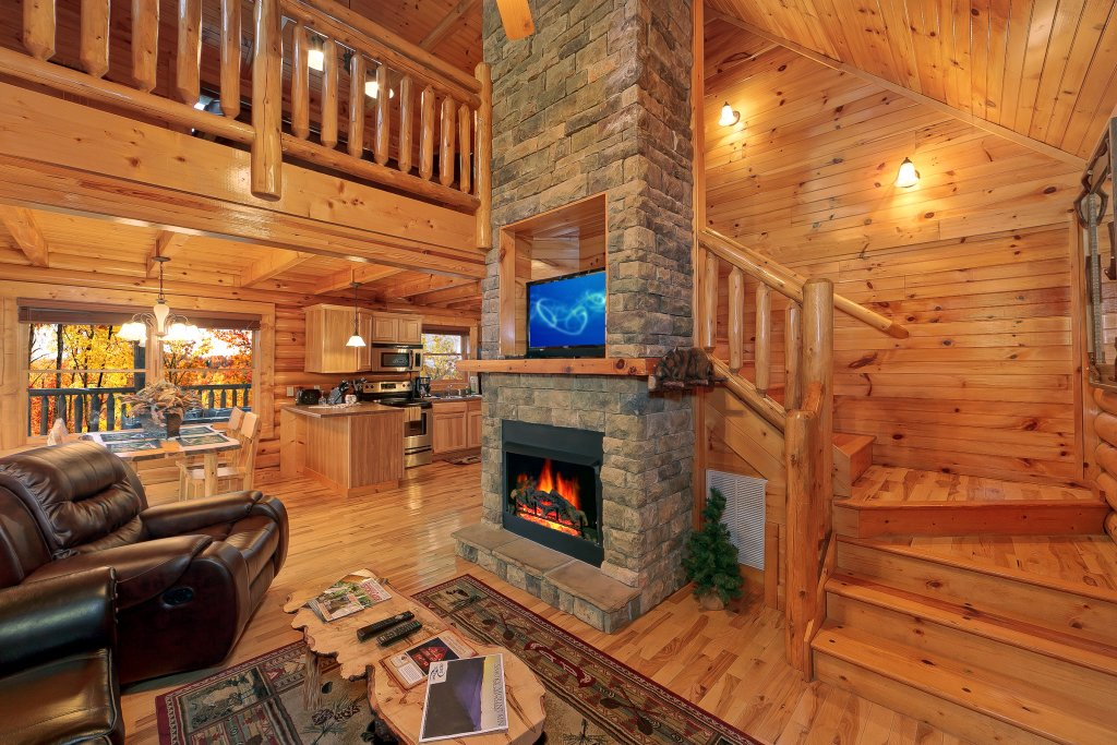 Photo of a Gatlinburg Cabin named Cupids Arrow - This is the fifth photo in the set.