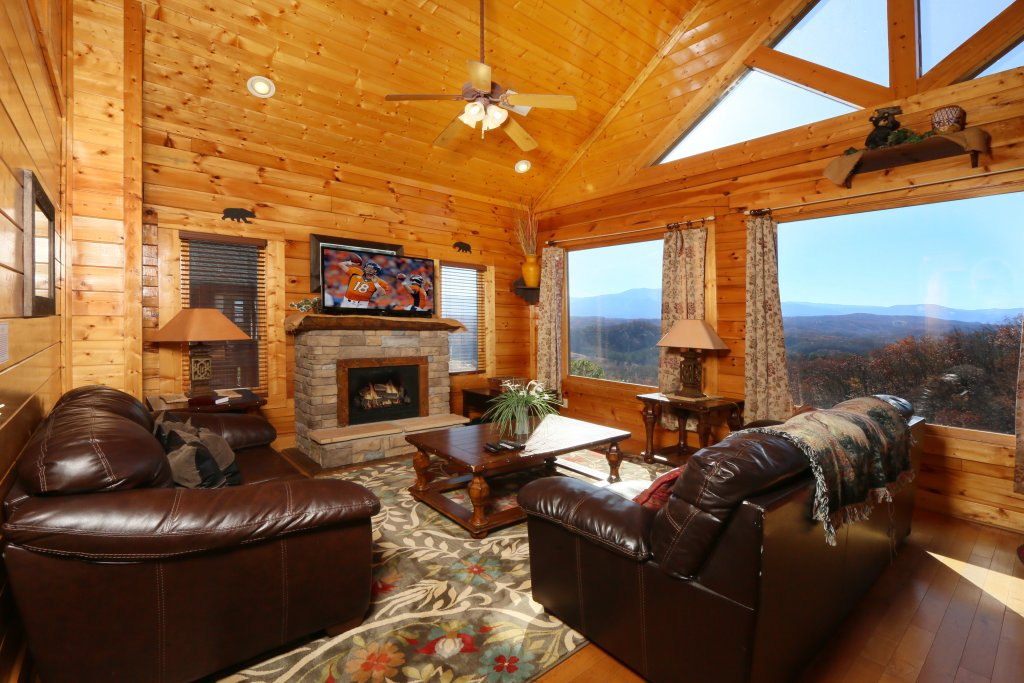 Photo of a Pigeon Forge Cabin named April Mist - This is the eighth photo in the set.