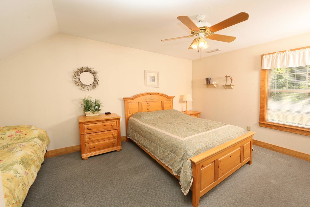 Photo of a Pigeon Forge Condo named Poplar Point Condo Unit 12a - This is the third photo in the set.