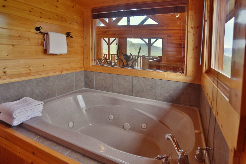 Photo of a Sevierville Cabin named Mountain Dreams - This is the twenty-third photo in the set.