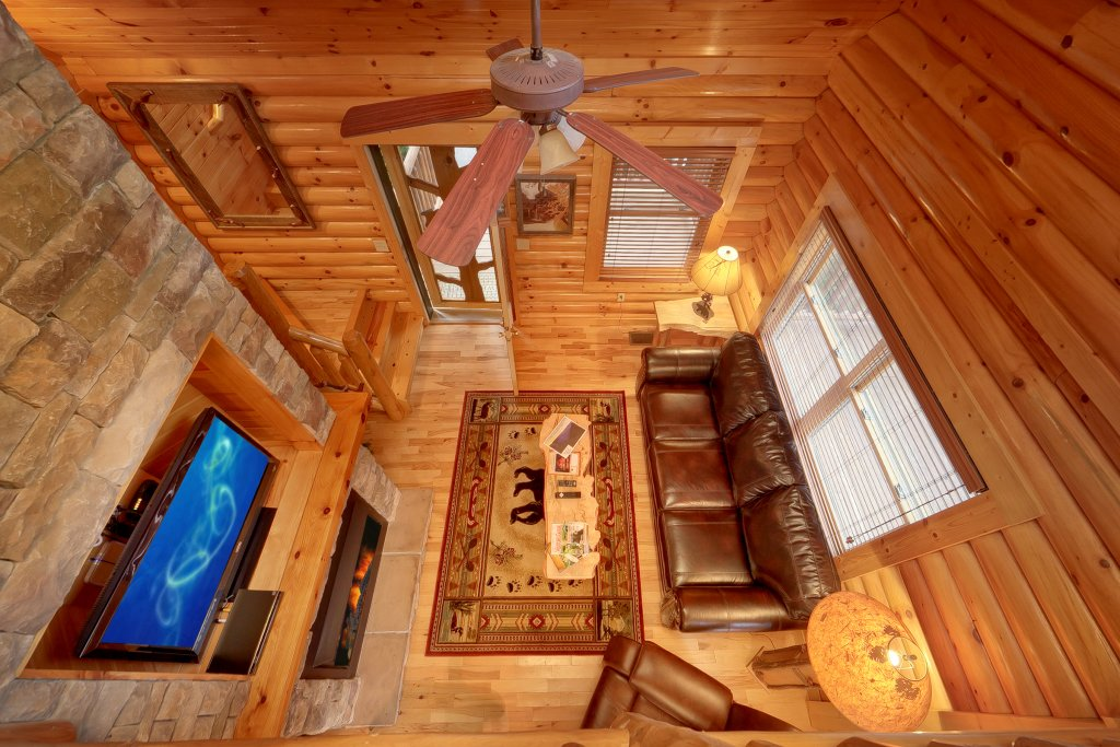 Photo of a Gatlinburg Cabin named Cupids Arrow - This is the seventh photo in the set.