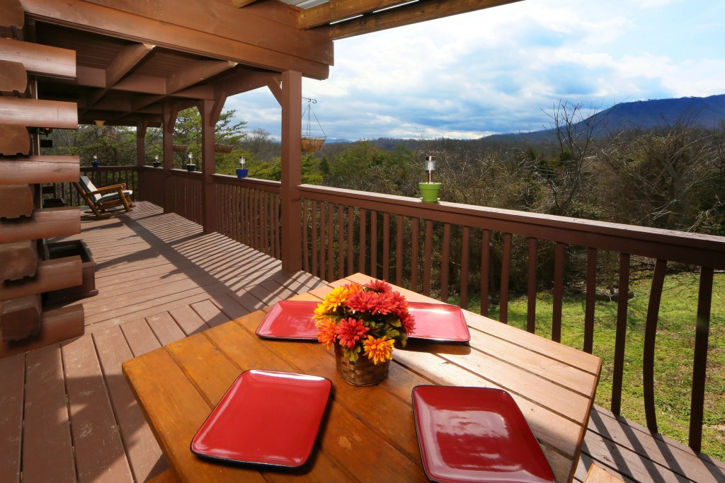 Photo of a Sevierville Cabin named Fireside Memories - This is the sixth photo in the set.