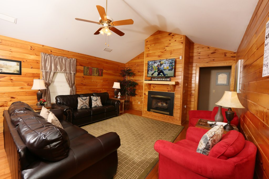 Photo of a Pigeon Forge Cabin named Pinnacle View 7a - This is the thirteenth photo in the set.