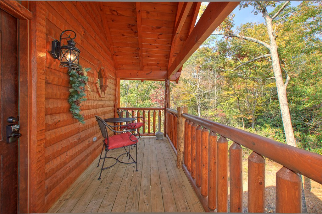 Photo of a Gatlinburg Cabin named Mountain Elegance - This is the fifth photo in the set.