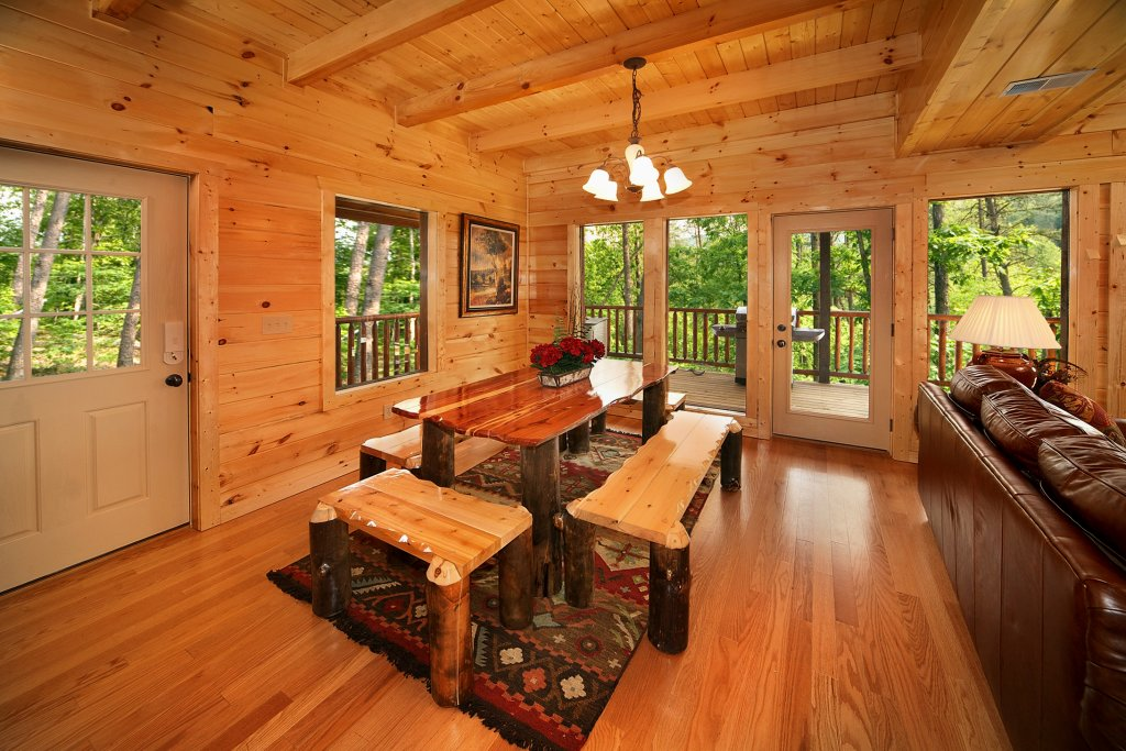 Photo of a Gatlinburg Cabin named Diamond Mine - This is the thirty-sixth photo in the set.