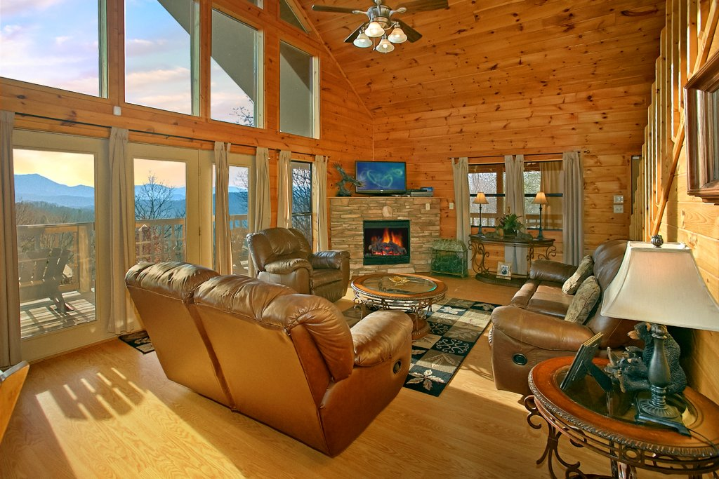 Photo of a Gatlinburg Cabin named Hawks Ridge - This is the seventh photo in the set.