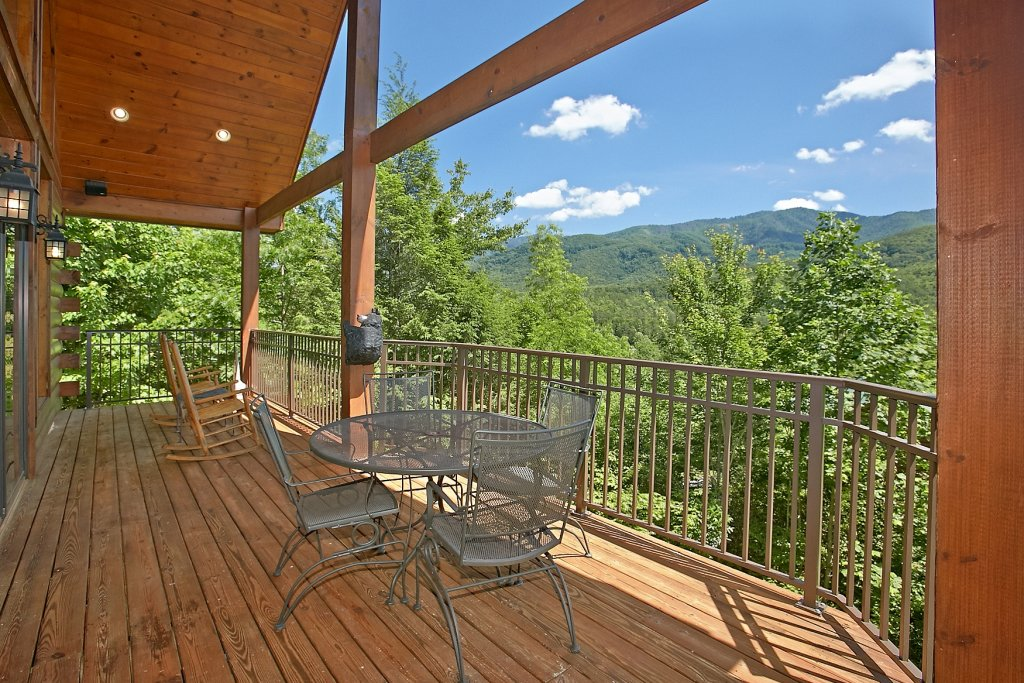 Photo of a Gatlinburg Cabin named Cajun Hideaway - This is the second photo in the set.