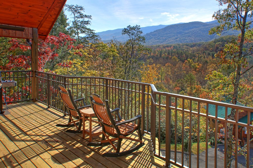 Photo of a Gatlinburg Cabin named Unforgettable - This is the second photo in the set.