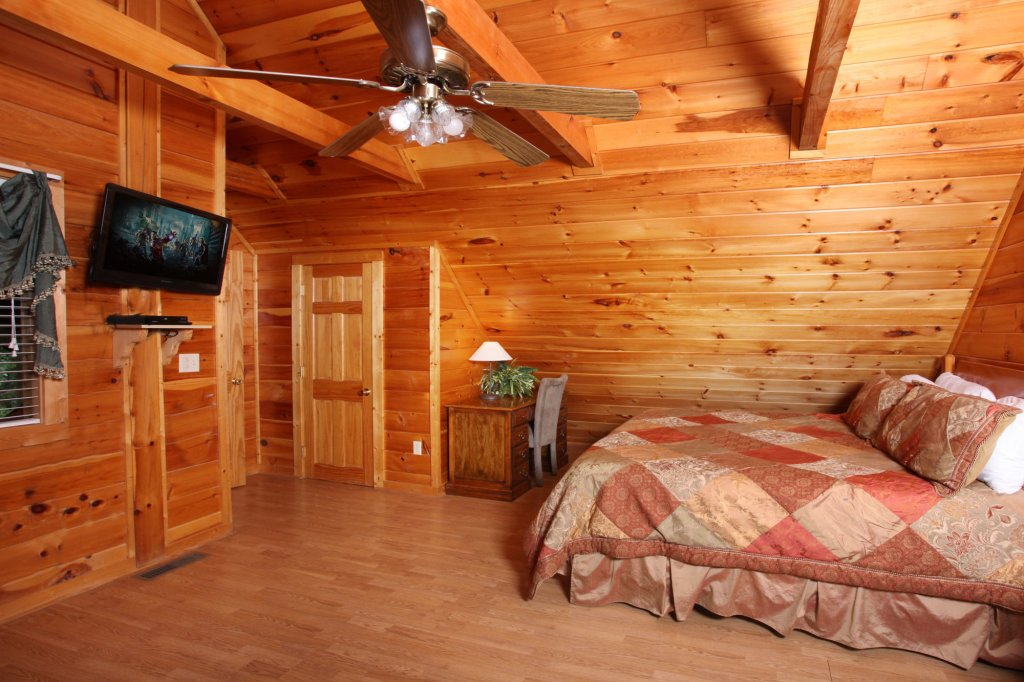 Photo of a Gatlinburg Cabin named Paws Forever - This is the eighteenth photo in the set.