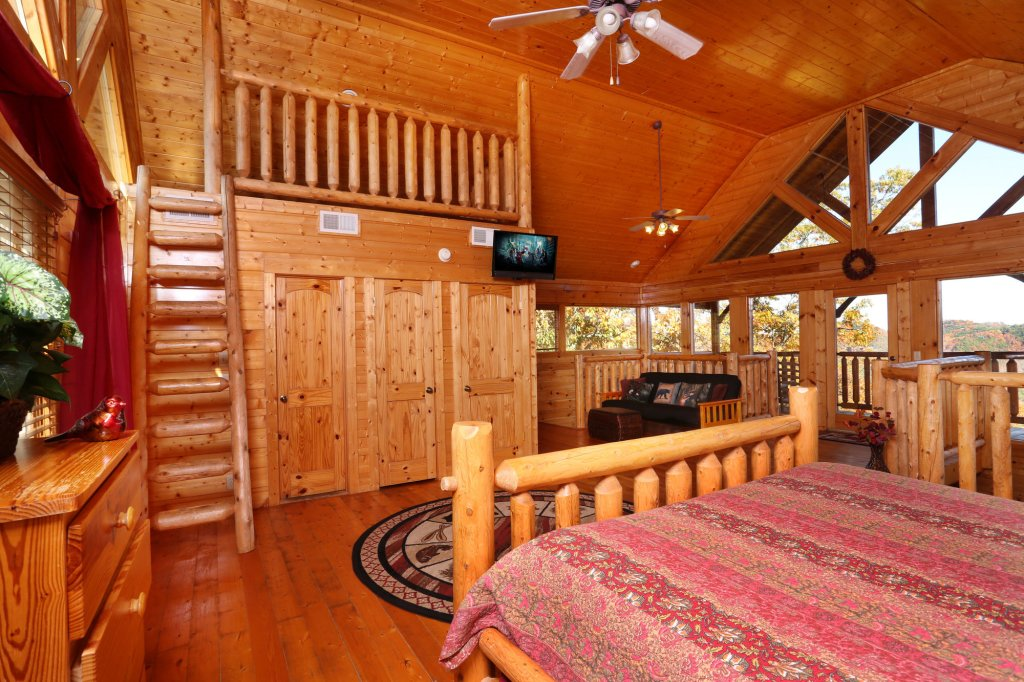 Photo of a Sevierville Cabin named His Amazing Grace - This is the twentieth photo in the set.