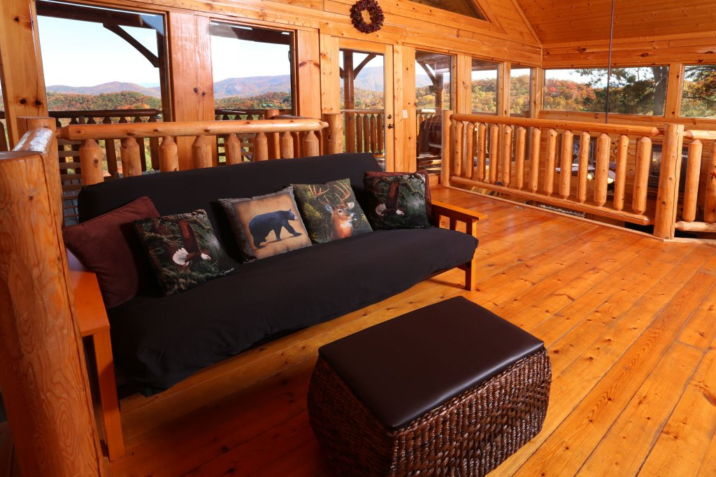 Photo of a Sevierville Cabin named His Amazing Grace - This is the sixteenth photo in the set.