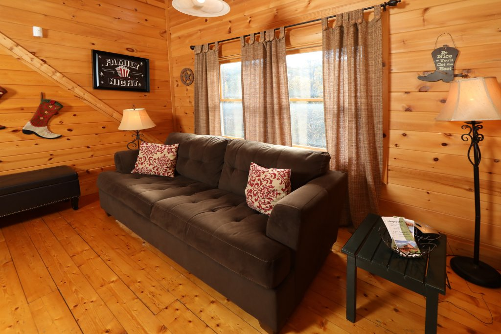 Photo of a Pigeon Forge Cabin named Amazing Grace - This is the twenty-fifth photo in the set.