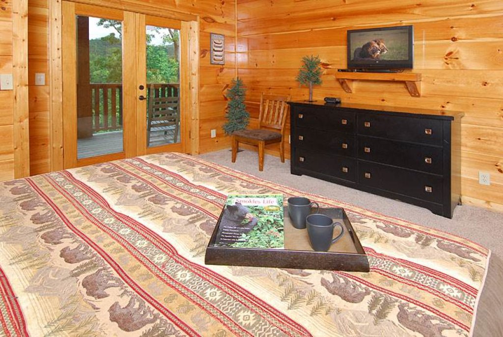 Photo of a Sevierville Cabin named Mountain Memories - This is the twenty-sixth photo in the set.
