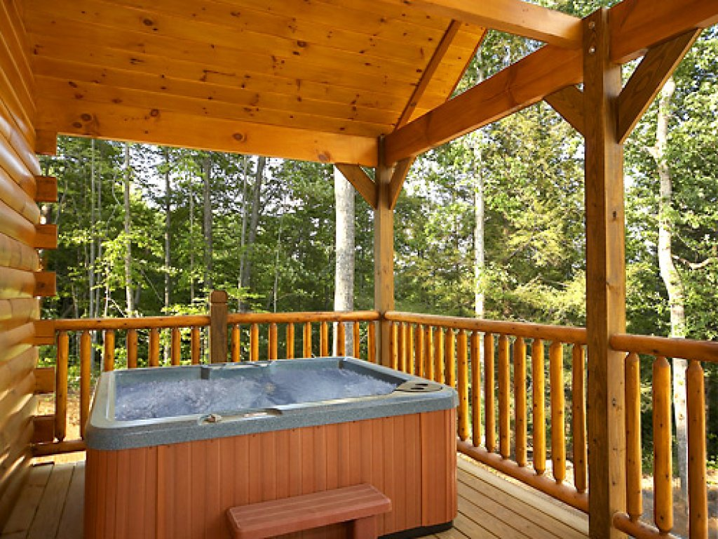 Photo of a Gatlinburg Cabin named Misty Mountain Lodge - This is the third photo in the set.