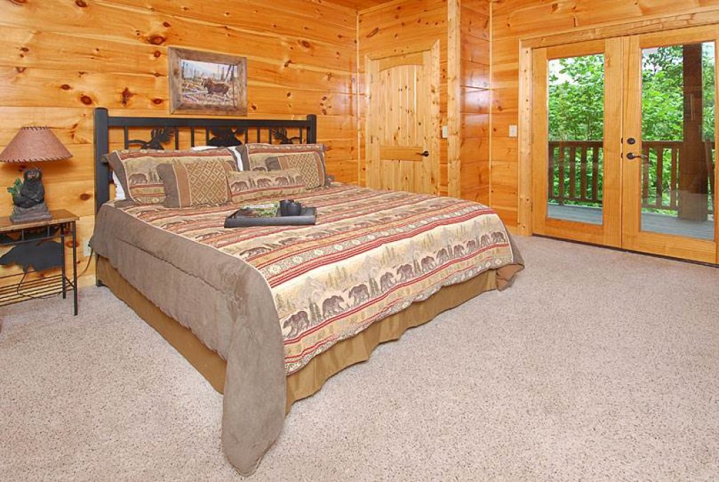 Photo of a Sevierville Cabin named Mountain Memories - This is the twenty-fifth photo in the set.