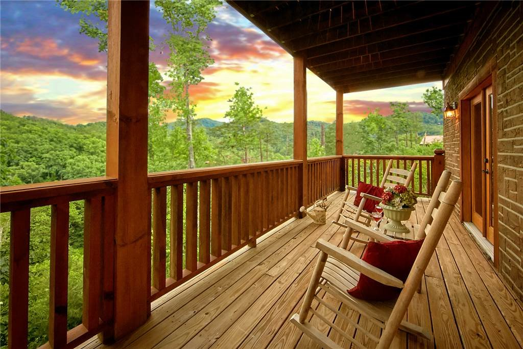 Photo of a Sevierville Cabin named Mountain Memories - This is the thirty-sixth photo in the set.