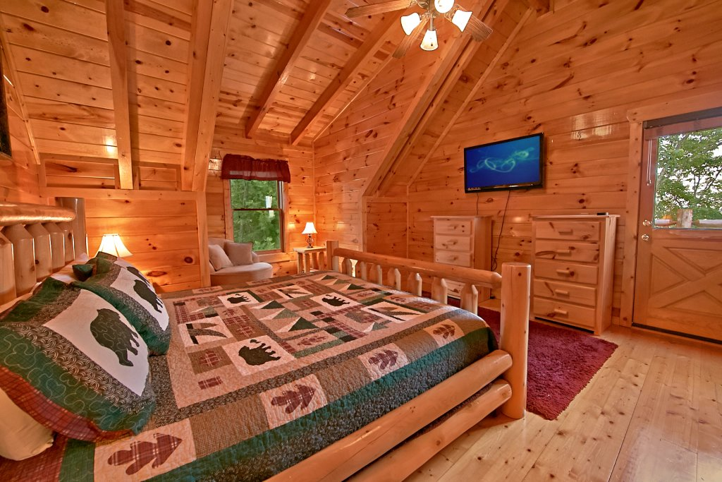 Photo of a Pigeon Forge Cabin named Breathtaking Views - This is the twelfth photo in the set.