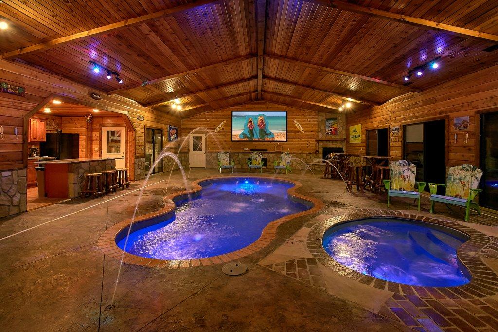 Mountain View Mansion Cabin In Gatlinburg W 6 Br Sleeps18