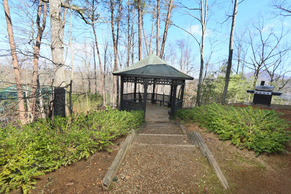 Photo of a Pigeon Forge Cabin named Magnolia Place Unit 2 (#5) - This is the third photo in the set.