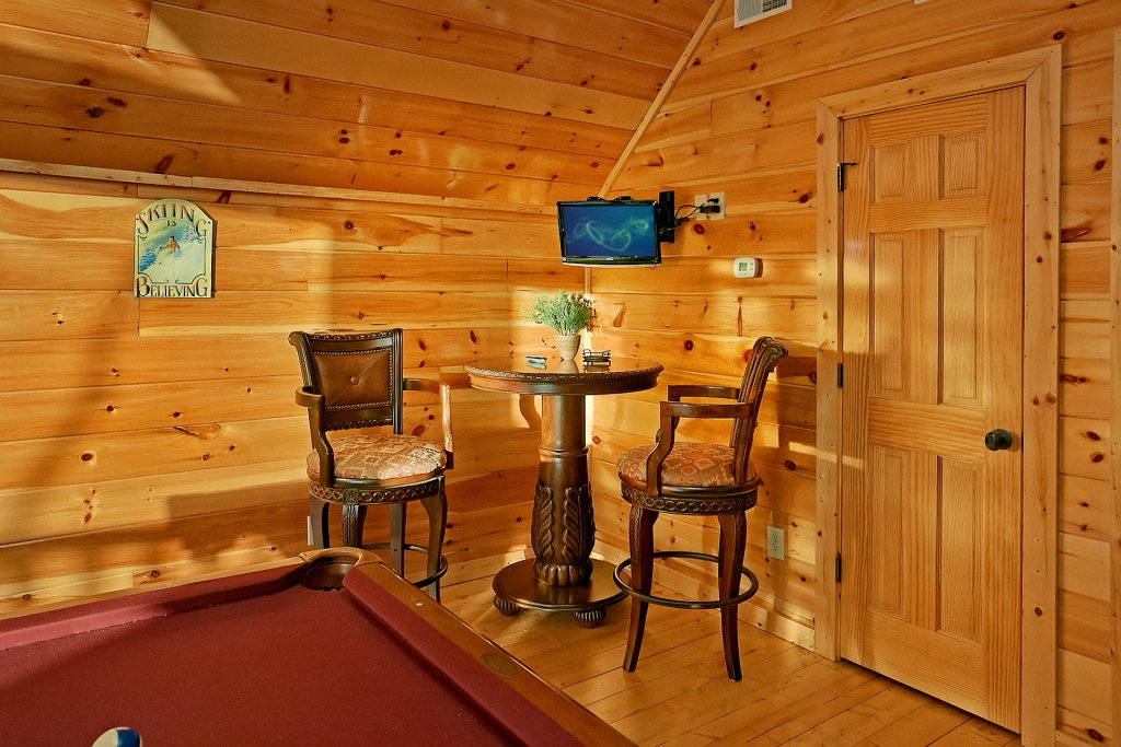 Photo of a Gatlinburg Cabin named Basswood Lodge - This is the eleventh photo in the set.