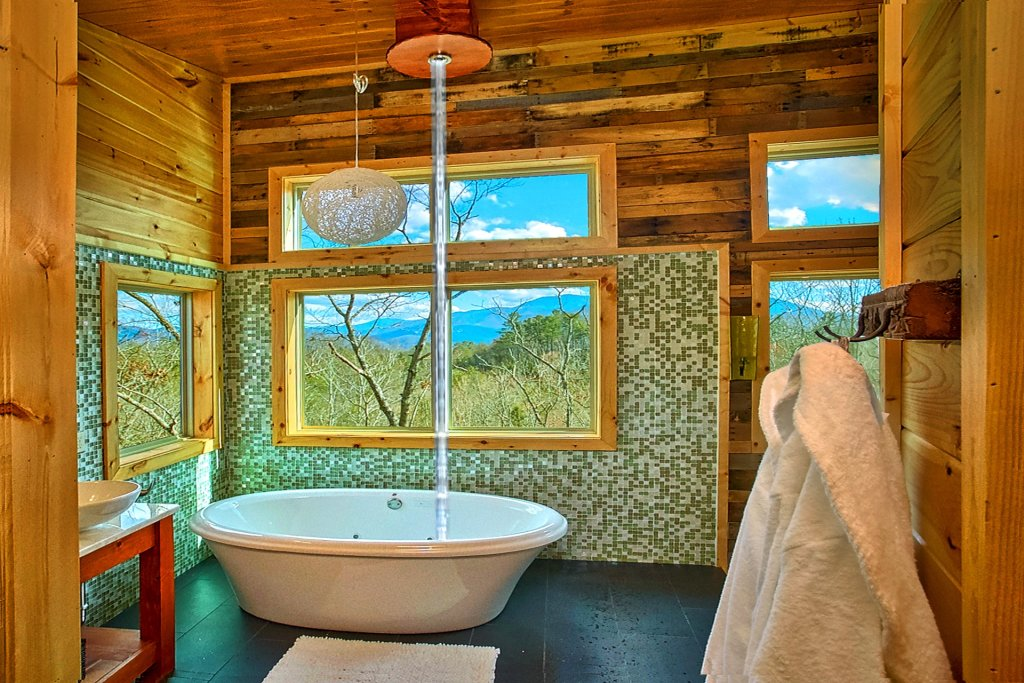 Photo of a Gatlinburg Cabin named Urban Cowboy - This is the twentieth photo in the set.