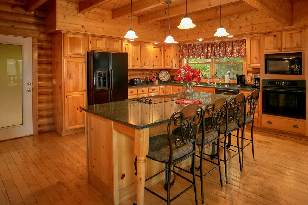 Photo of a Gatlinburg Cabin named Heavenly Heights - This is the eleventh photo in the set.