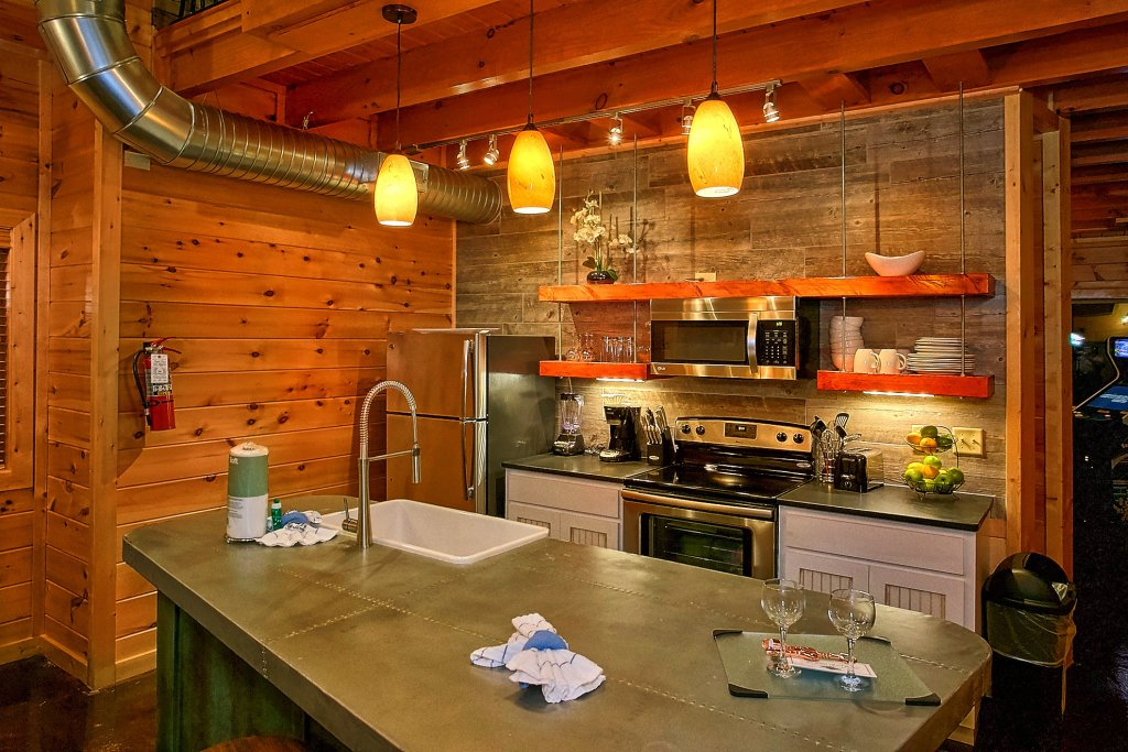 Photo of a Gatlinburg Cabin named Urban Cowboy - This is the sixteenth photo in the set.