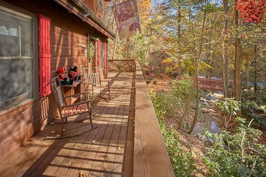 Photo of a Gatlinburg Cabin named Cozy Creek - This is the thirtieth photo in the set.