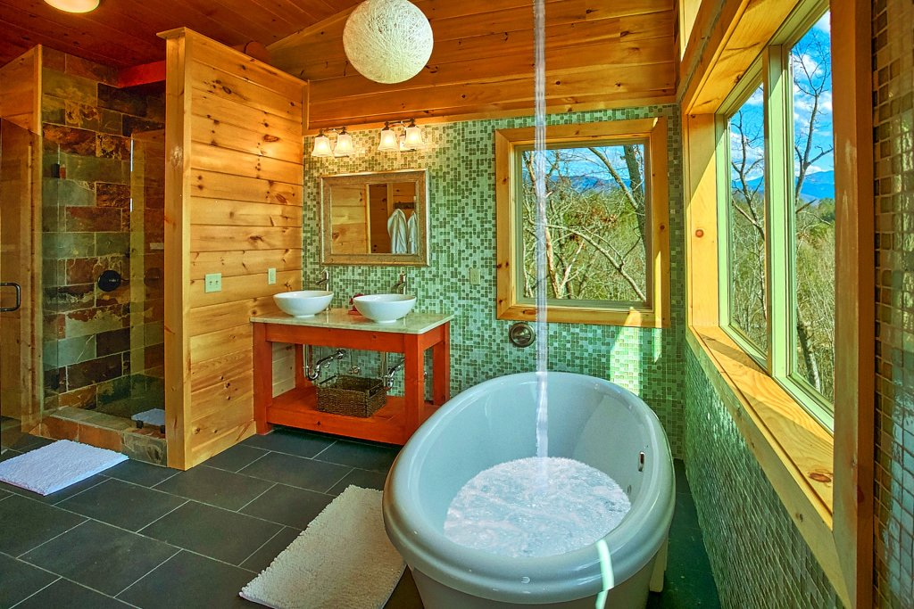 Photo of a Gatlinburg Cabin named Urban Cowboy - This is the twenty-second photo in the set.