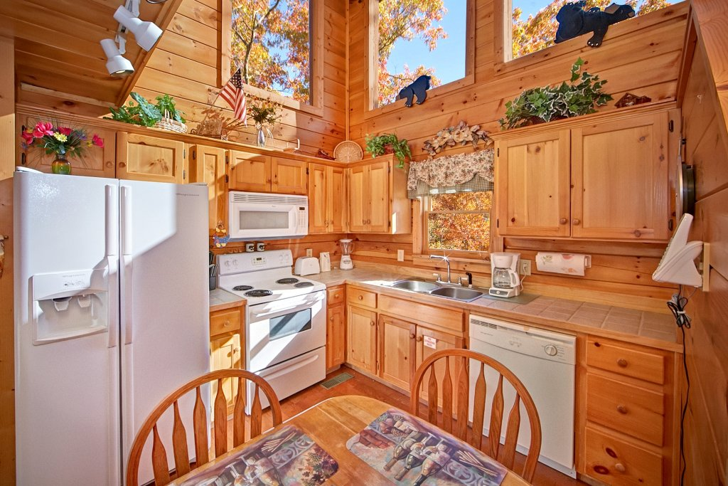 Photo of a Gatlinburg Cabin named A Secret Hideaway - This is the eleventh photo in the set.