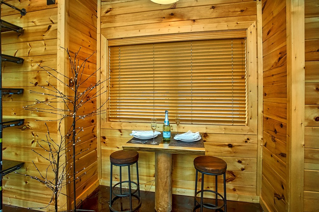 Photo of a Gatlinburg Cabin named Urban Cowboy - This is the nineteenth photo in the set.