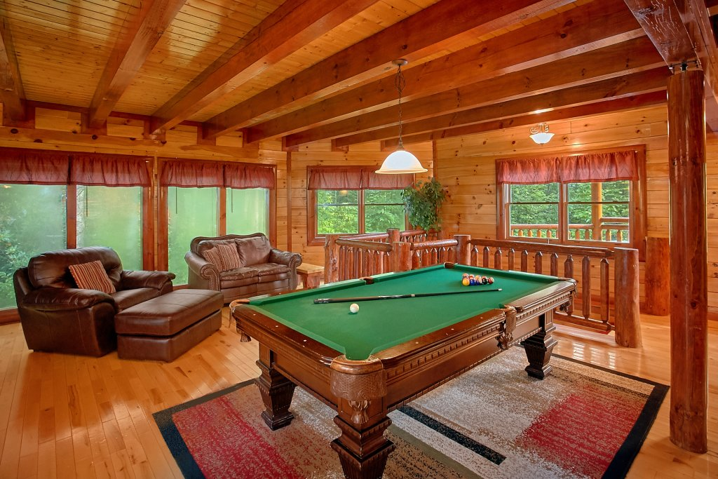 Photo of a Gatlinburg Cabin named Cherokee Pool Lodge - This is the ninth photo in the set.