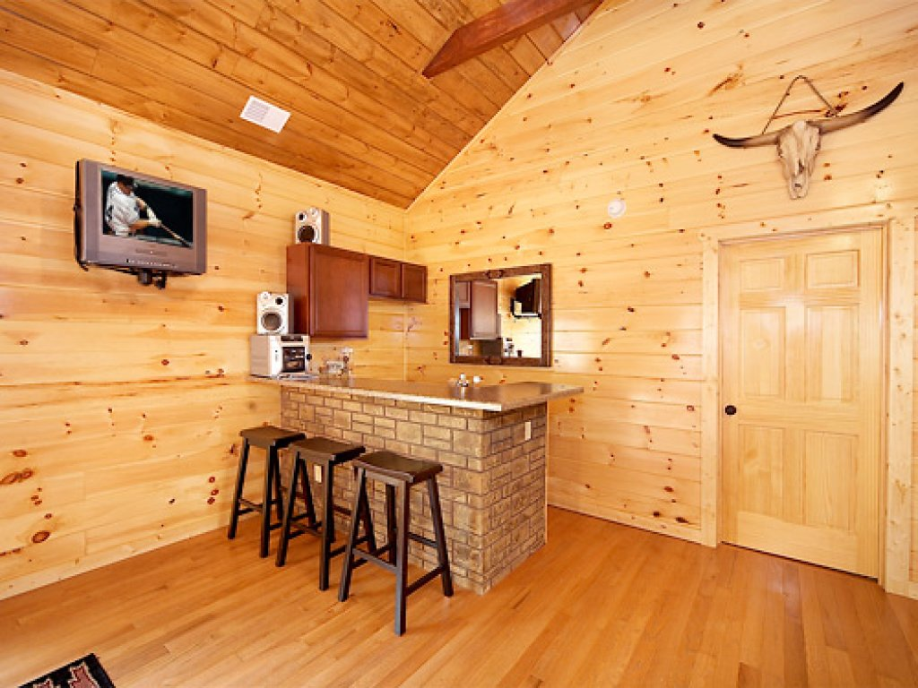Photo of a Gatlinburg Cabin named Serenity Lodge - This is the tenth photo in the set.