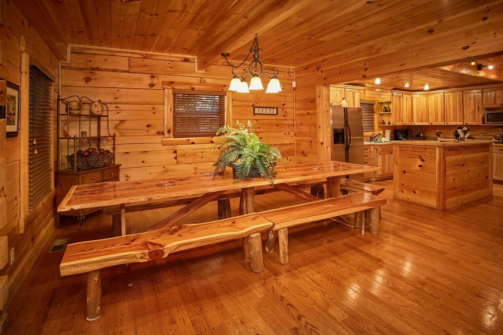 Photo of a Pigeon Forge Cabin named Pinnacle Vista - This is the eighteenth photo in the set.