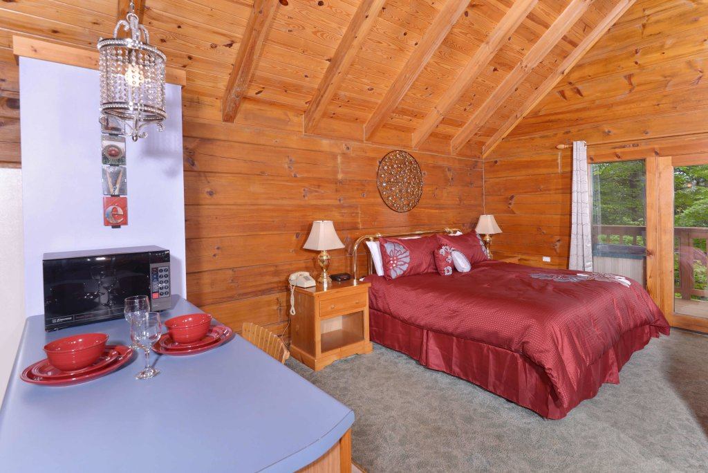 Photo of a Gatlinburg Cabin named Foxy Lady #1531 - This is the seventh photo in the set.
