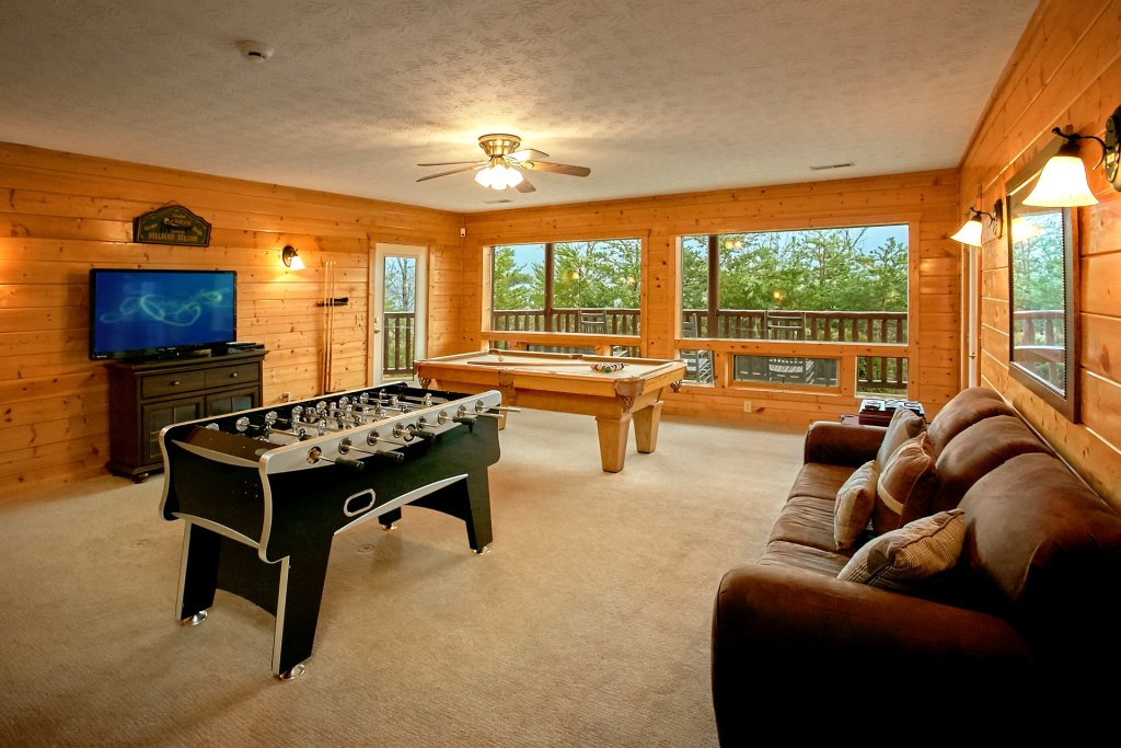 Photo of a Gatlinburg Cabin named Heavenly Heights - This is the seventh photo in the set.