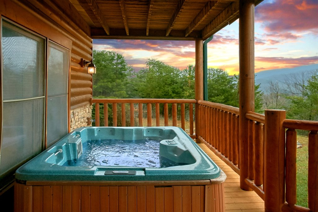 Photo of a Gatlinburg Cabin named Heavenly Heights - This is the third photo in the set.