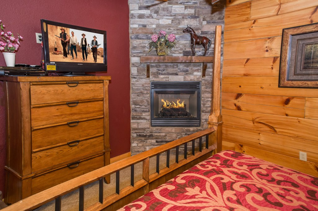 Photo of a Pigeon Forge Cabin named Majestic Forest - This is the twelfth photo in the set.