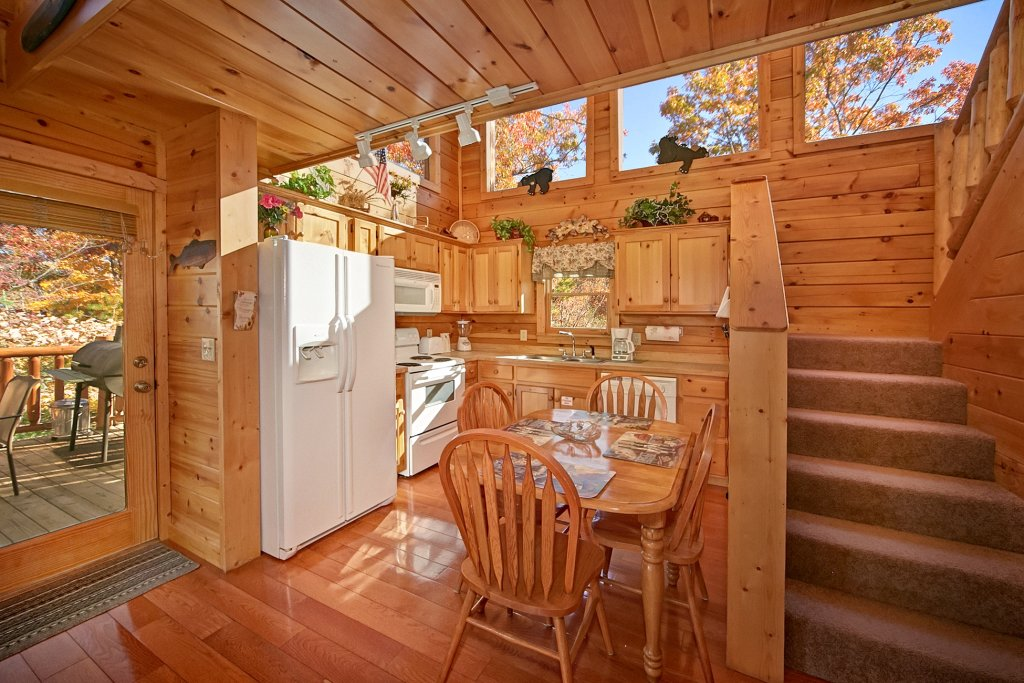 Photo of a Gatlinburg Cabin named A Secret Hideaway - This is the twelfth photo in the set.