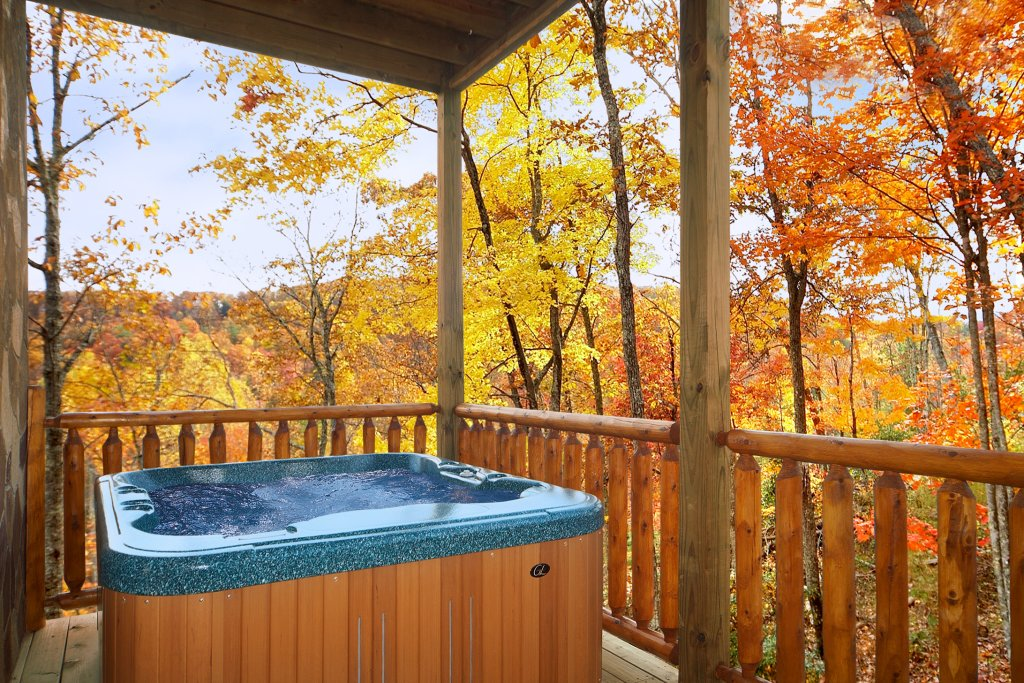 Photo of a Gatlinburg Cabin named Living In Paradise - This is the second photo in the set.