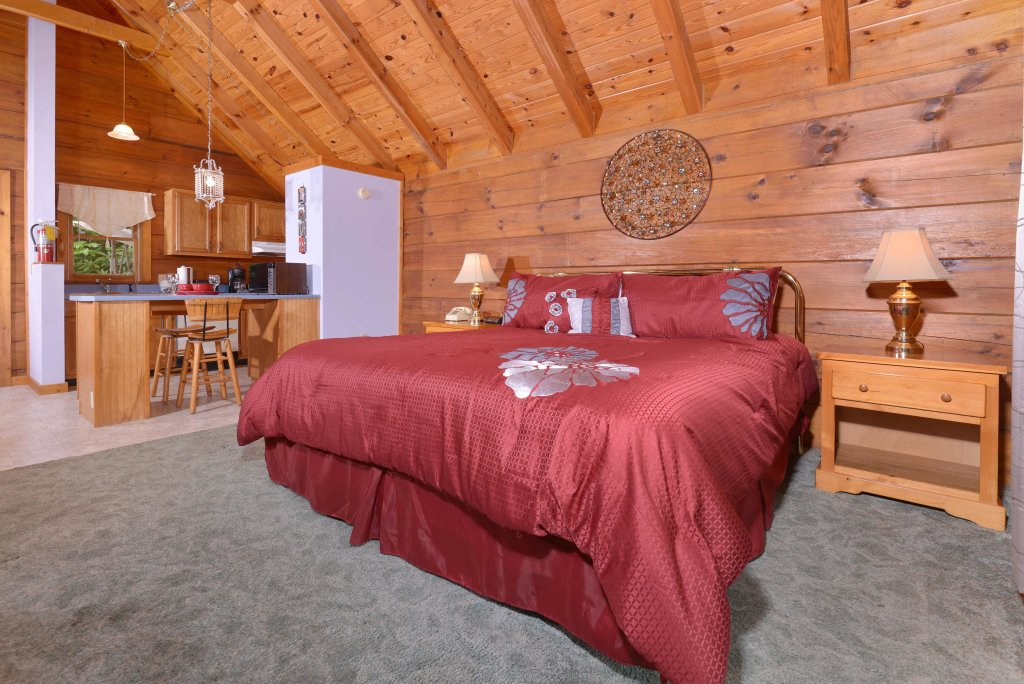 Photo of a Gatlinburg Cabin named Foxy Lady #1531 - This is the twentieth photo in the set.