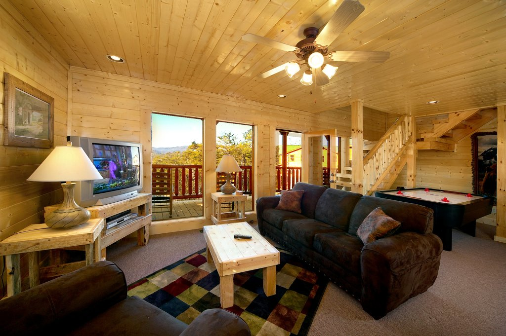 Photo of a Sevierville Cabin named Awesome Views - This is the eighth photo in the set.