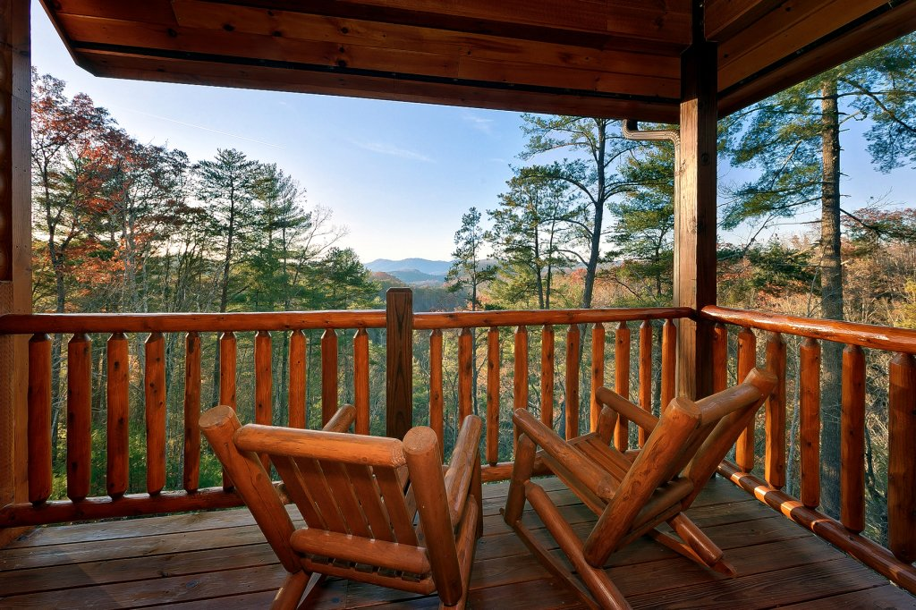 Photo of a Gatlinburg Cabin named Mountain Bliss - This is the seventh photo in the set.